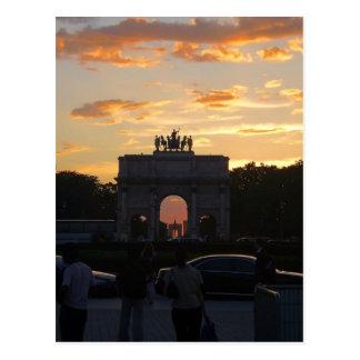 Cartão Postal Por do sol com os monumentos