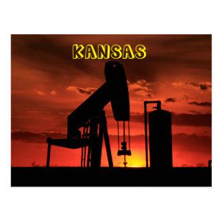 Cartão Postal Por do sol da bomba de poço de petróleo de