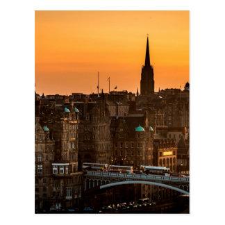 Cartão Postal Pôr-do-sol da skyline de Edimburgo