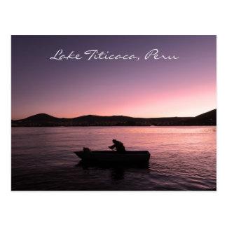 Cartão Postal Por do sol de Titicaca do lago em Peru