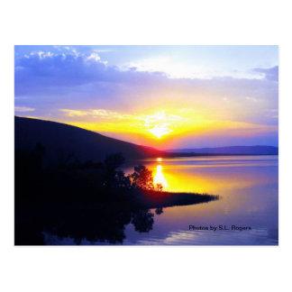 Cartão Postal Por do sol no lago Sardis