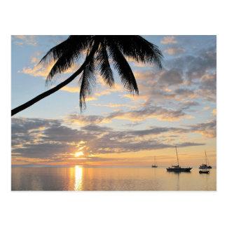 Cartão Postal Por do sol perto da ilha de Robinson Crusoe
