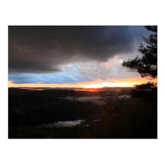 Cartão Postal Por do sol tormentoso, monte de Jacobs, rio de