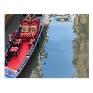Cartão Postal Postacard de um barco da gôndola em Venezia,