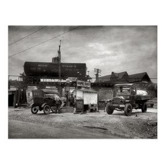 Cartão Postal Posto de gasolina do vintage, entusiasta do carro