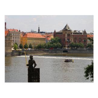 Cartão Postal Praga pelo rio de Moldava