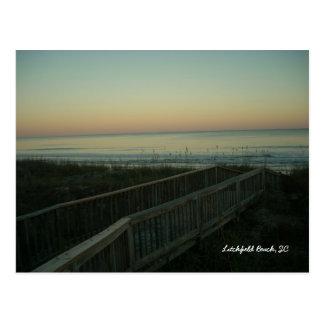 Cartão Postal Praia de Litchfield, por do sol sul de Carolina
