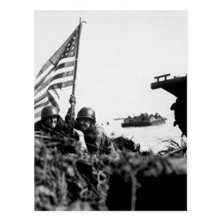 Cartão Postal Primeira bandeira em Guam na imagem mast_War do