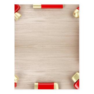 Cartão Postal Produtos cosméticos na mesa de madeira