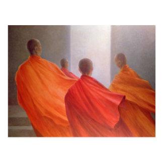 Cartão Postal Quatro monges em etapas do templo