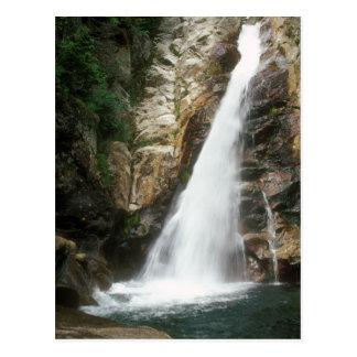Cartão Postal Quedas de Ellis do vale, montanhas brancas