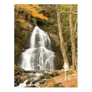 Cartão Postal Quedas Vermont do vale do musgo e fotógrafo