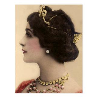 Cartão Postal Queenly