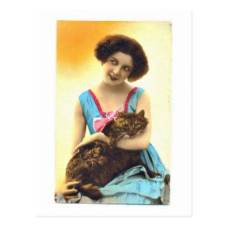 Cartão Postal Rapariga bonita e seu gato