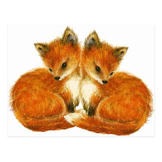 Cartão Postal Raposas gêmeas do bebê