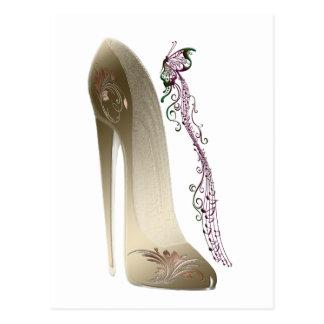 Cartão Postal Rapsódia na arte dos calçados do estilete do ouro