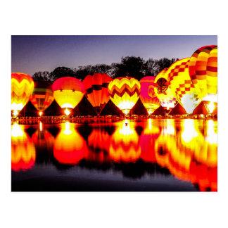 Cartão Postal Reflexões de balões de ar quente