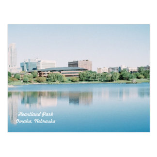 Cartão Postal Reflexões do parque Omaha do coração, Nebraska