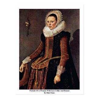 Cartão Postal Retrato de uma mulher com colar e capota do laço