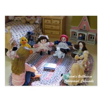 Cartão Postal Reunião de bonecas minúsculas: Que É um filhote de