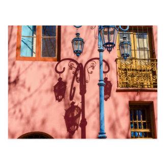Cartão Postal Revérbero e parede cor-de-rosa