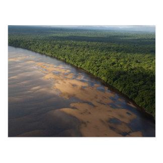 Cartão Postal Rio de Essequibo, o rio o mais longo em Guyana, e