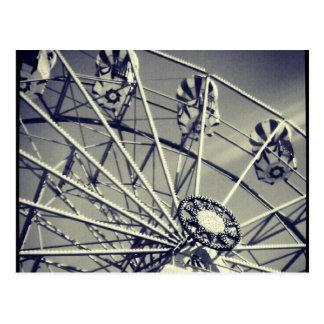 Cartão Postal Roda de ferris preto e branco