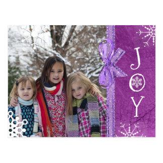 Cartão Postal Roxo personalizado da alegria do Natal da família