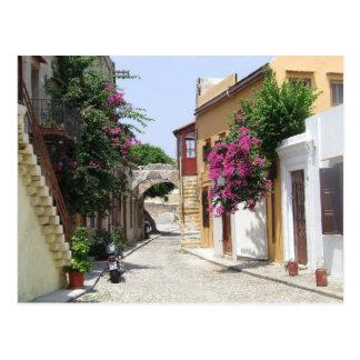 Cartão Postal Rua bonita na cidade velha do Rodes