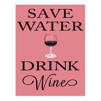 Cartão Postal Salvar o vinho da bebida da água