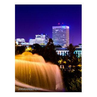 Cartão Postal SC de Colômbia, skyline da cidade na noite