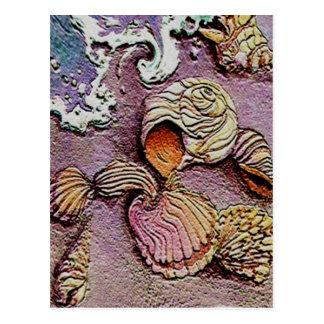 Cartão Postal SEASHELLS por SHARON SHARPE
