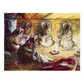 Cartão Postal Sewing bonito dos ratos