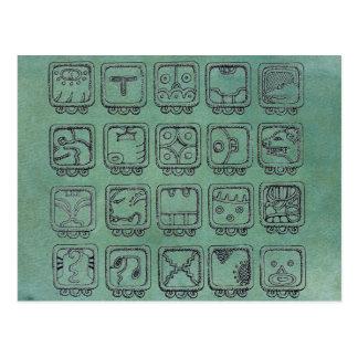 Cartão Postal Sinais astecas maias do dia no verde