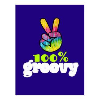 Cartão Postal Sinal de paz Groovy da mão do arco-íris de 100%