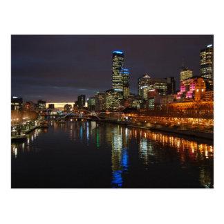 Cartão Postal Skyline da noite de Melbourne