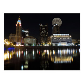 Cartão Postal Skyline de Columbo com a lua