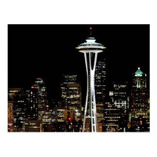 Cartão Postal Skyline de Seattle na noite, com agulha do espaço