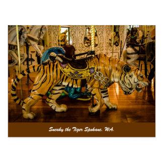 Cartão Postal Sneaky o tigre Spokane, WA.