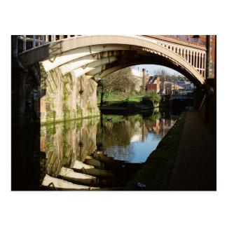 Cartão Postal Sob a ponte