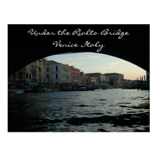 Cartão Postal Sob a ponte Veneza Italia de Rialto
