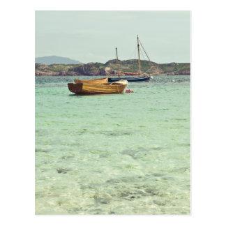 Cartão Postal Som da água azul clara de Iona