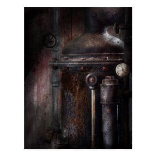 Cartão Postal Steampunk - segurando a pressão
