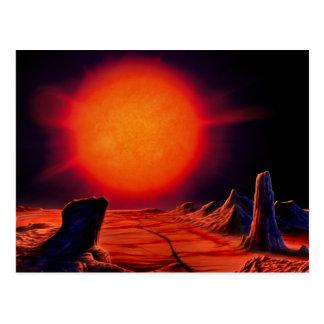 Cartão Postal Sun gigante vermelho