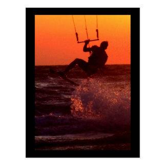 Cartão Postal Surfista do papagaio