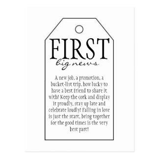 Cartão Postal Tag do presente para a garrafa de vinho -