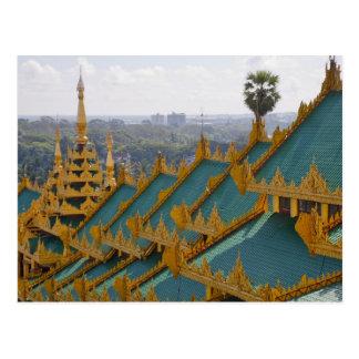 Cartão Postal Telhe partes superiores do pagode de Shwedagon,