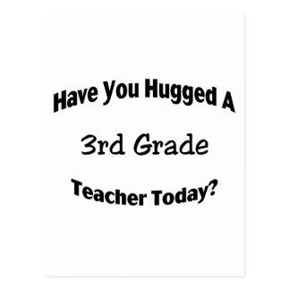 Cartão Postal Tem você abraçado um ó professor da categoria hoje