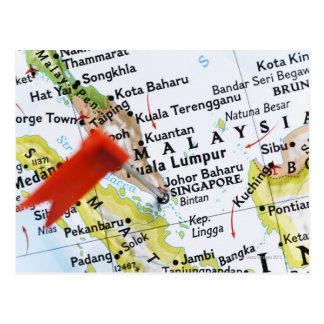 Cartão Postal Trace o pino colocado em Singapore no mapa,