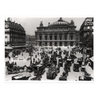 Cartão Postal Tráfego na frente do teatro da ópera de Paris